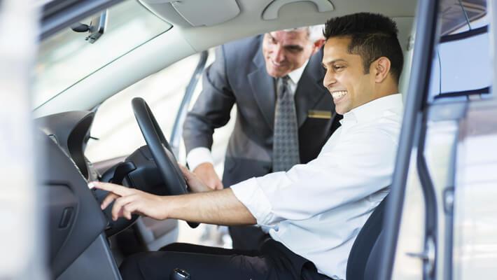 5 aspectos fundamentales que debes considerar al comprar un auto